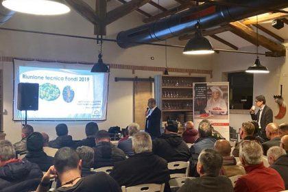 Venerdì 29 a Fondi (LT) abbiamo incontrato 70 imprenditori orticoli che operano ...